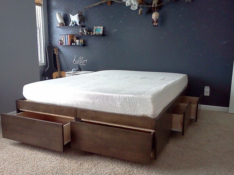 space efficient bed with storage ideas2live4