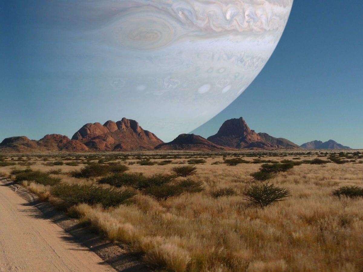 This would be your view if our moon was the same size as Jupiter.