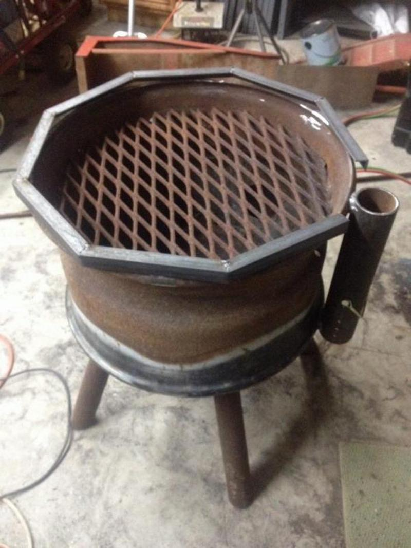 Recycled Tire Rim BBQ and Fire Pit | Ideas2Live4