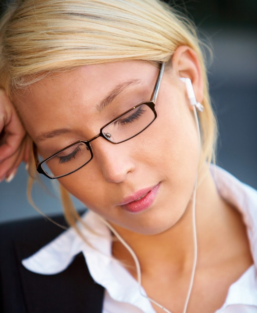 14 reasons why you need to start power napping!