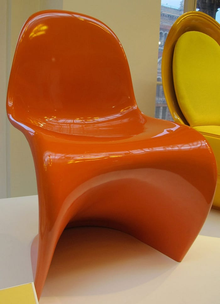 The Danish interior designer Verner Panton created the Panton chair in 1960.