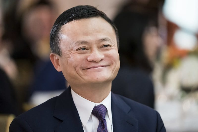 Business magnate Jack Ma has pledged to donate half a billion COVID-19 testing kits to the US .