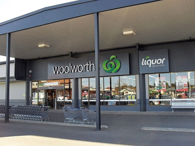 Australian supermarket giant, Woolworth's, has introduced an early morning shopping hour for seniors and people with disabilities.