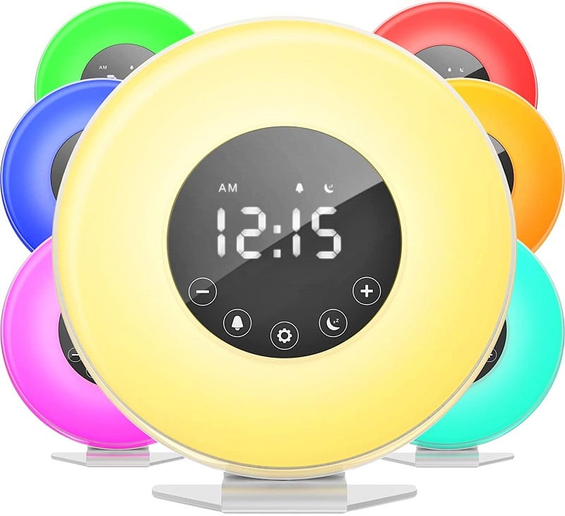If there's one thing that's immediately apparent about the Homelabs Sunrise Alarm Clock, it's the excellent build quality.