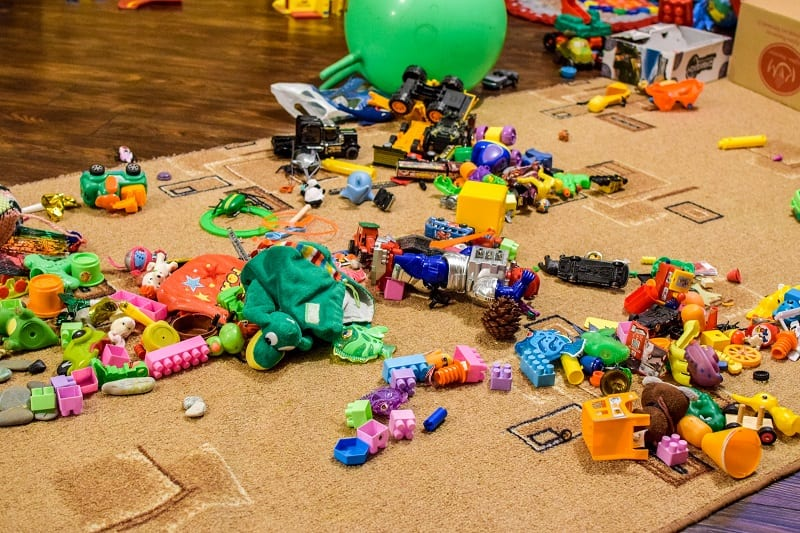Have you tried sorting through outgrown toys and books with your children?