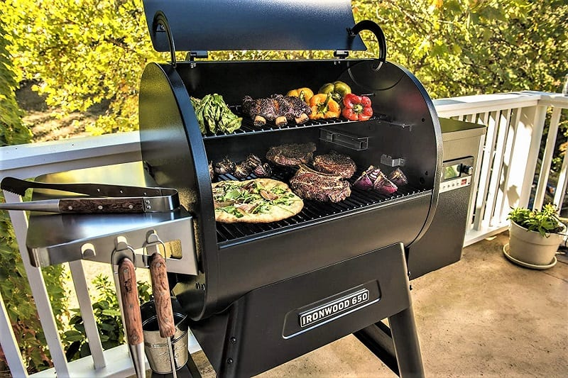 What makes the Ironwood 650 the excellent smoker that it is are the dual fuel sources. The wood pellets are there for flavor rather than fuel. They infuse the delicious flavors of your choice into your food, but the grill runs on electricity.