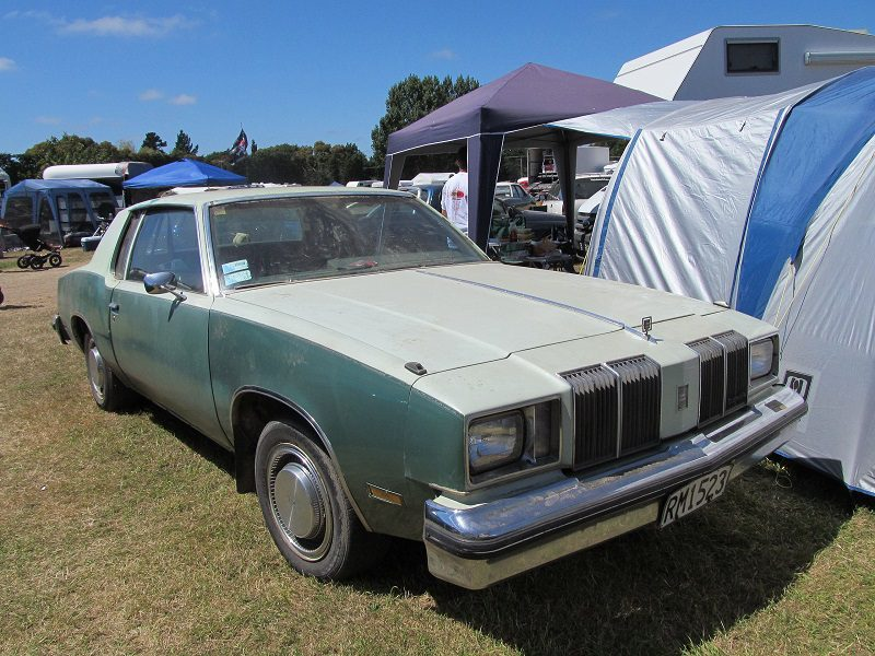 Most car experts agree that the 1979 Oldsmobile Cutlass Supreme Diesel was the first blunder of GM.